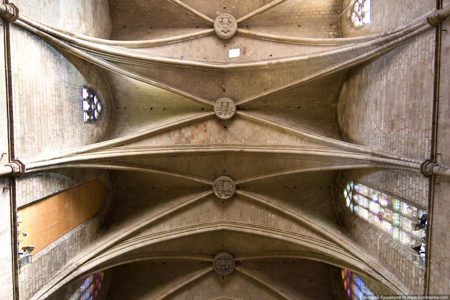 barcelona_gothic_quarter56