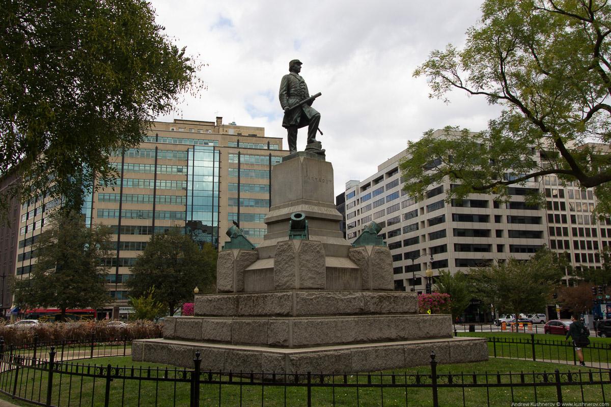 Вашингтон, округ Колумбия. Памятник Фаррагуту